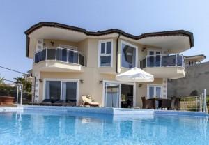 Hans exterior Villa Pool small